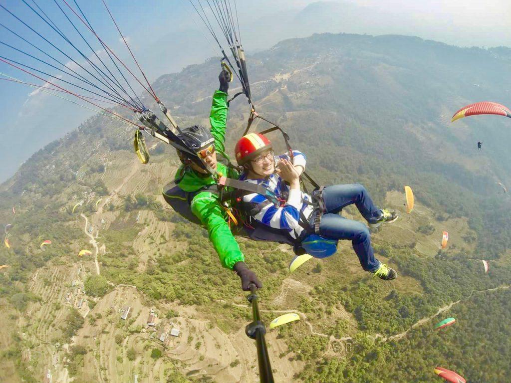 (コタンに来る前、ネパール随一の観光名所、美しい湖を持つポカラにて)